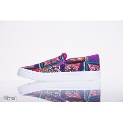 Obuv ADIDAS Courtvantage Slip On